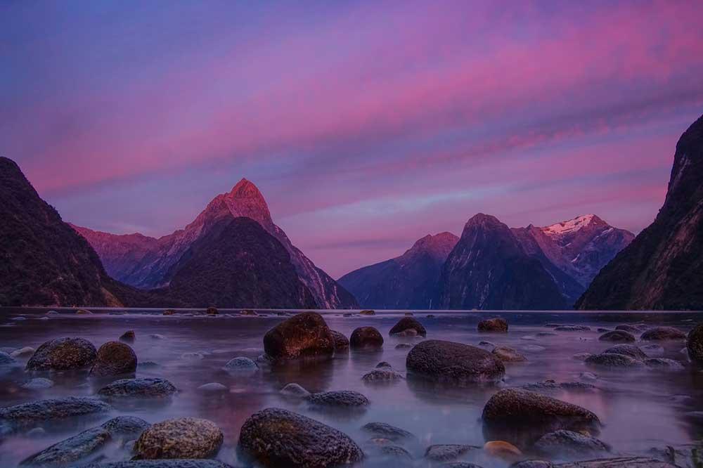 online Visum Neuseeland mit seinen ausserweltlichen Landschaften